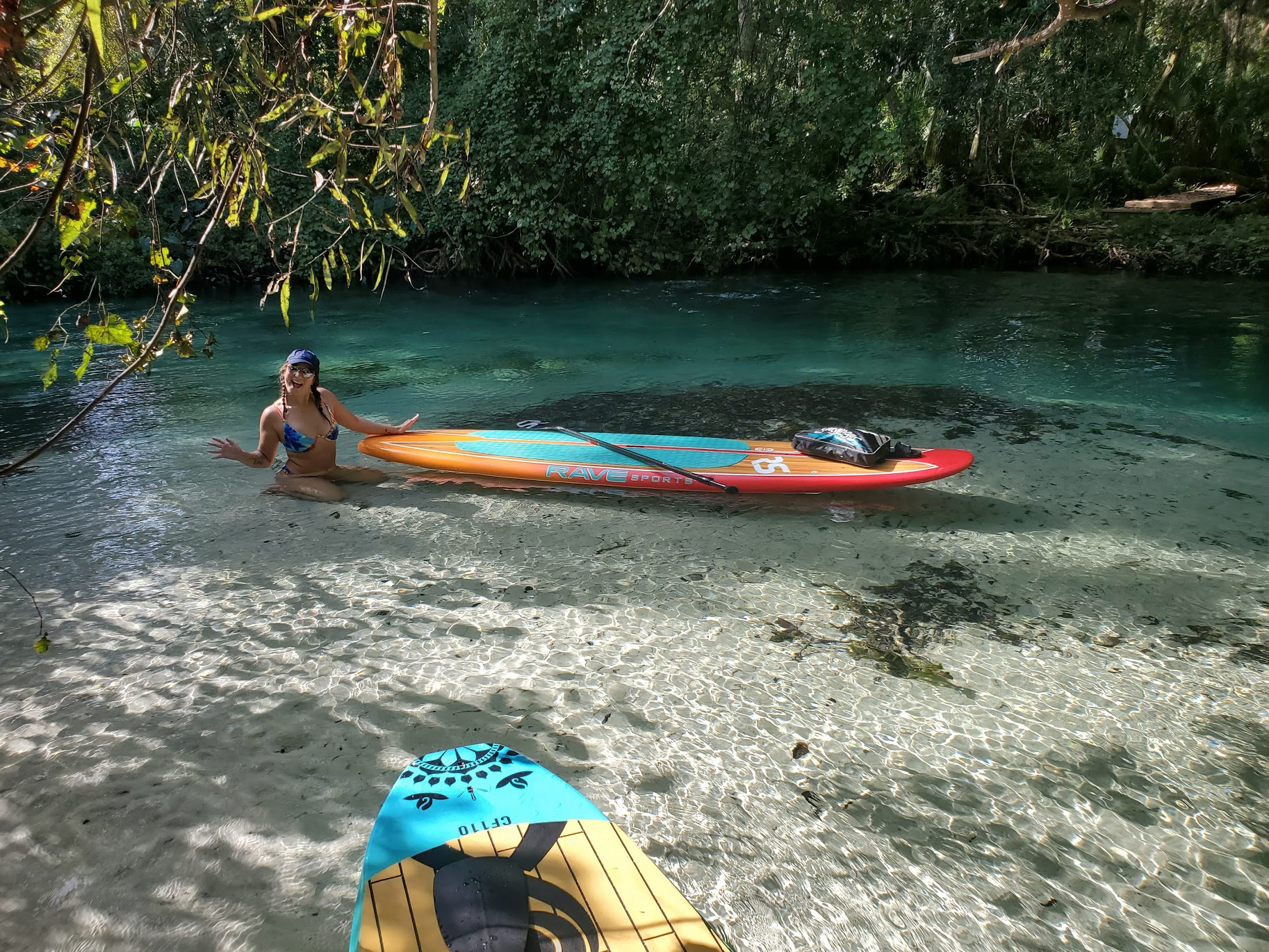 Stand Up Paddle Boarding on Weeki Wachee River